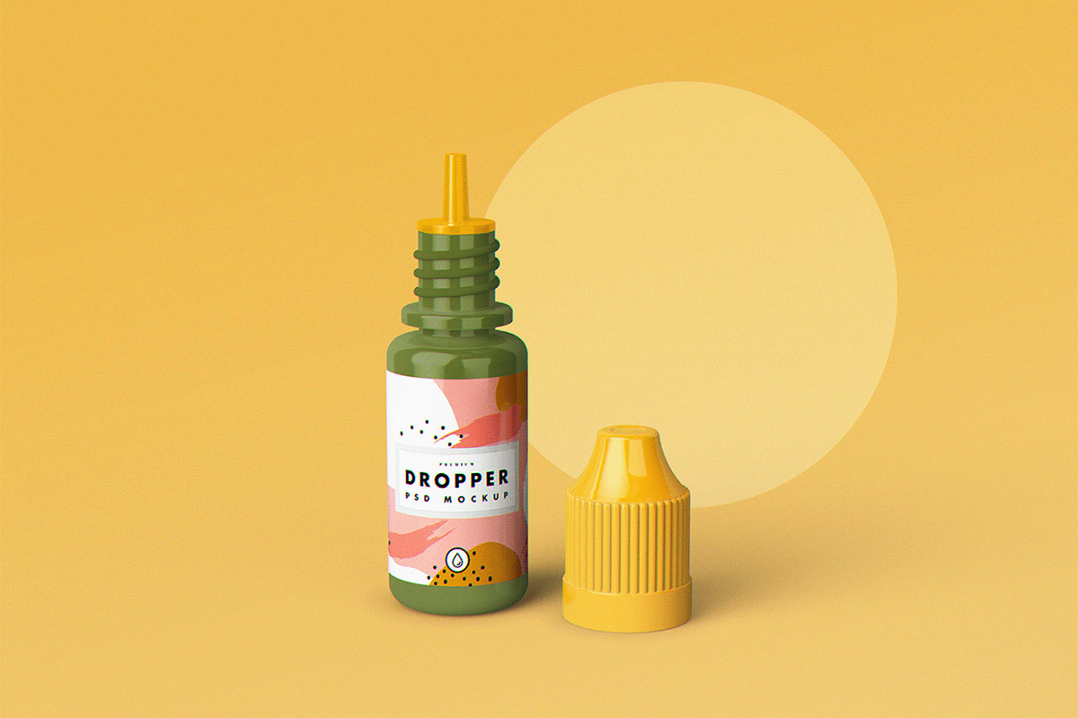 Free E-Juice Dropper Bottle Mockup